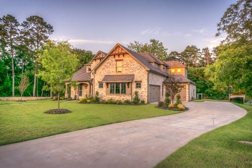 Investir dans l'immobilier, pourquoi s'émanciper de la capitale française ?